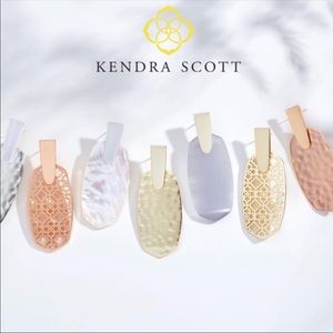 Kendra Scott Aragon Hammered Drop Earrings